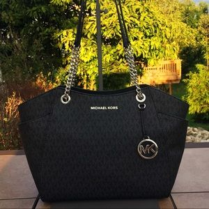 NWT Michael Kors Jet Set Chain Shoulder Tote